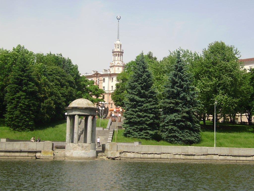 Экскурсия в Минск через Хатынь