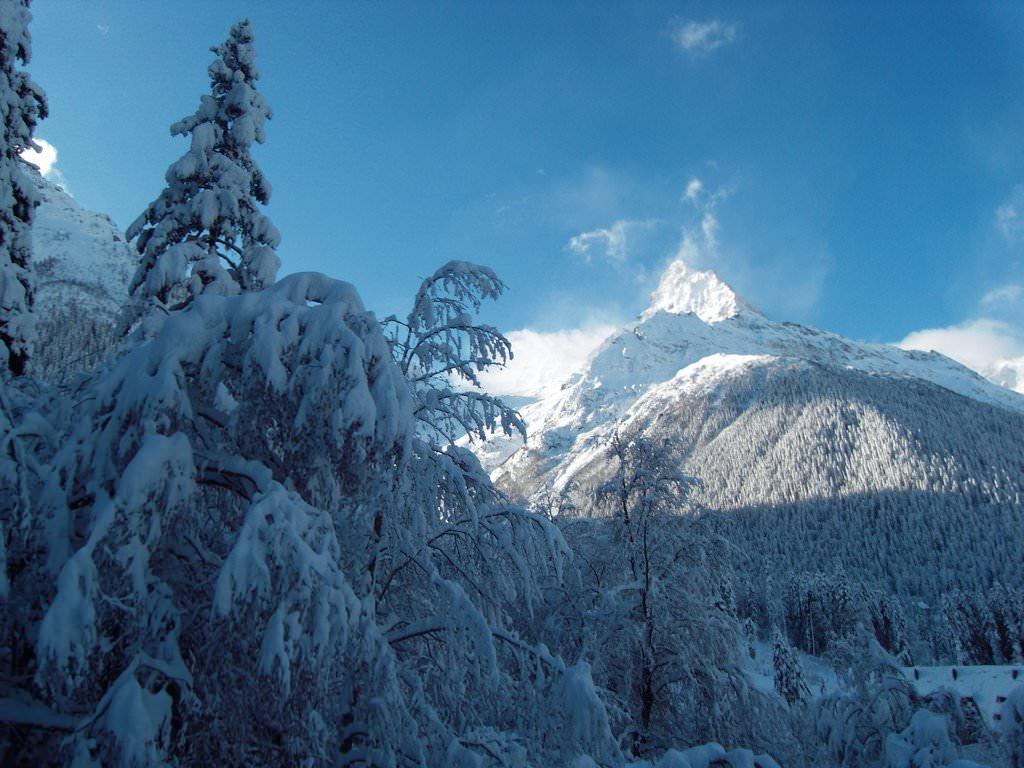 Фото горнолыжного курорта Домбай