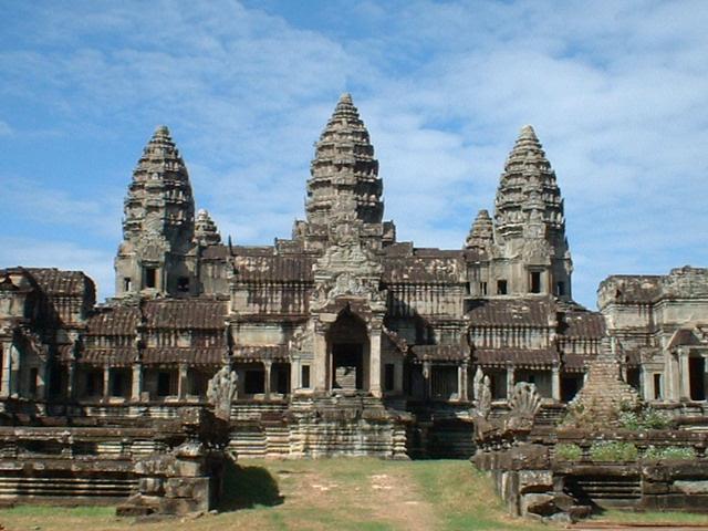 О еде на воде. 6 день Сиануквиль, 7 день Пномпень.