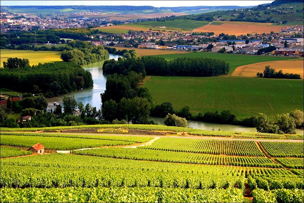 Бордо - винный край во Франции.
