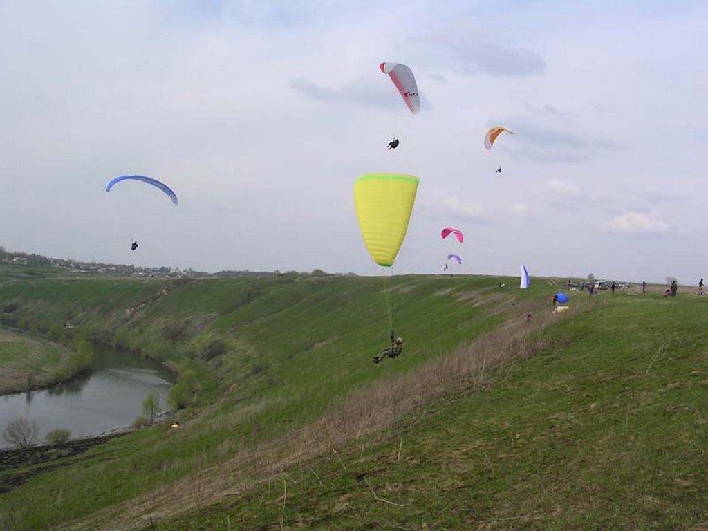Место для полета на параплане в деревне Вяжи (Орловская область).