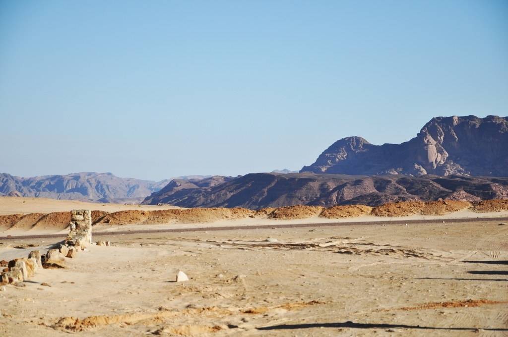 Затерянные в песках времени цветные каньоны восточной Табы. Lost Land, Taba South Sinai.