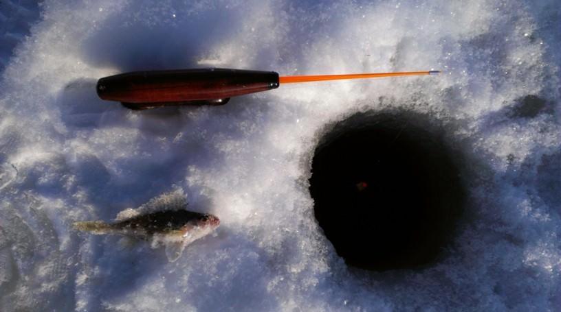 Зимняя рыбалка на Озернинском водохранилище.