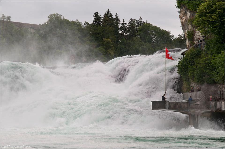 Величие Рейнского водопада