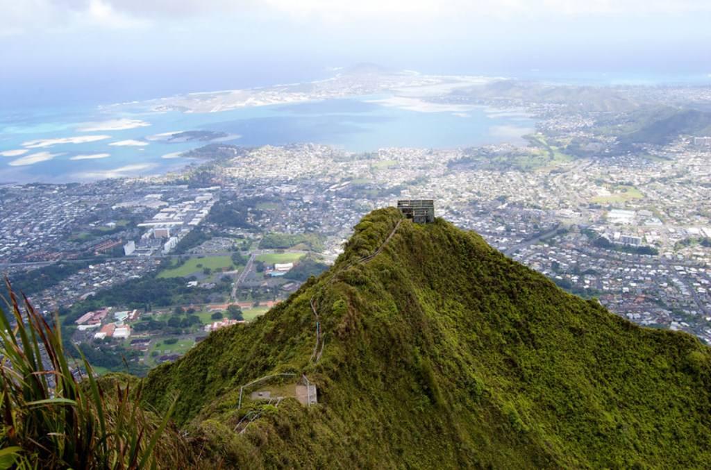 Лестница в небо на Гавайях или Хайку